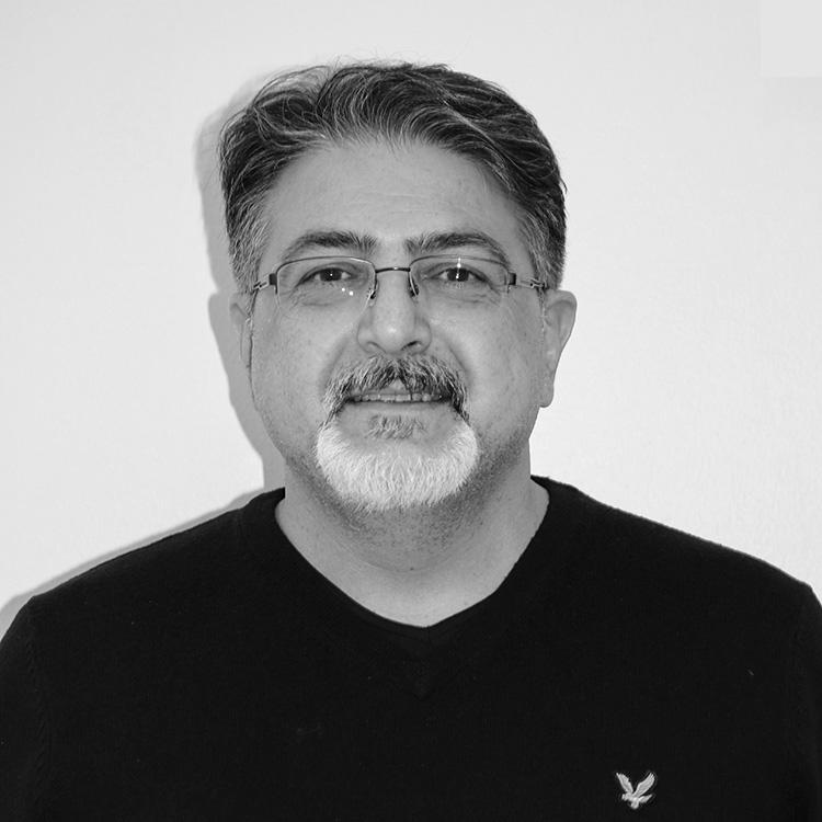 Dr. Amir Ramezani