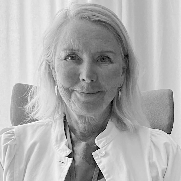 Dr. Birgit Stark