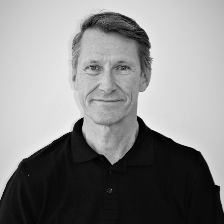Dr. Mikael Widmark