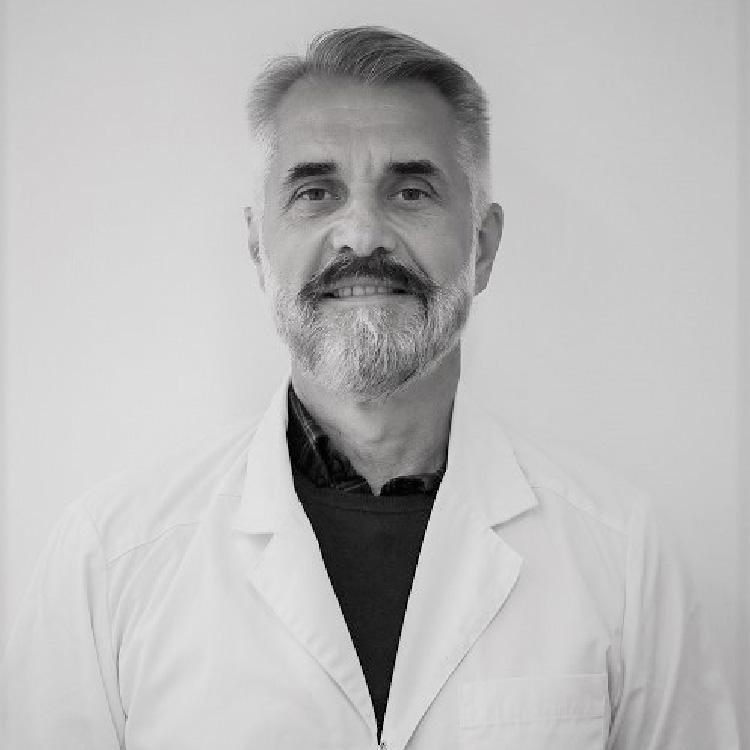 Dr. Peter Ahlinder