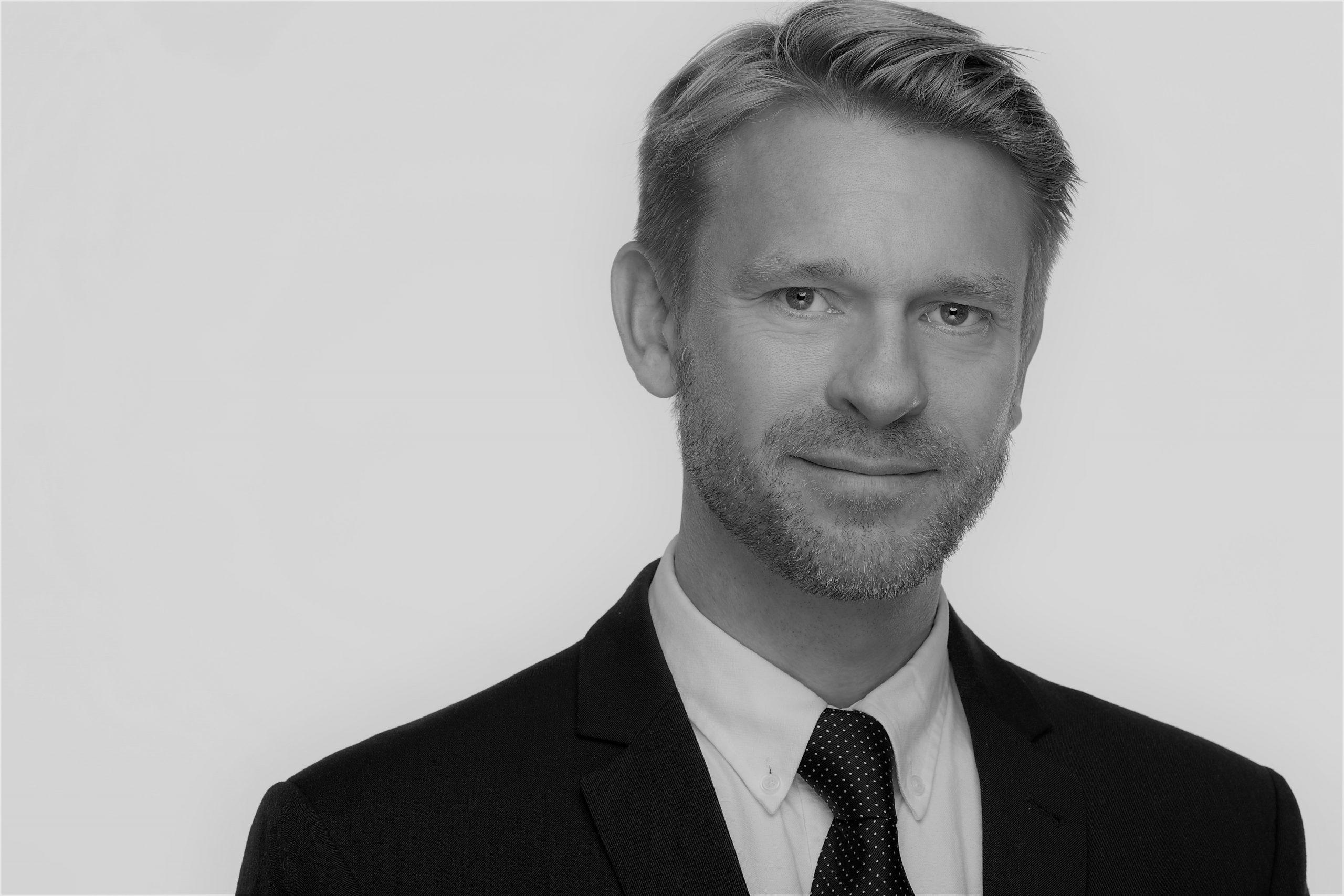 Dr. Martin Halle